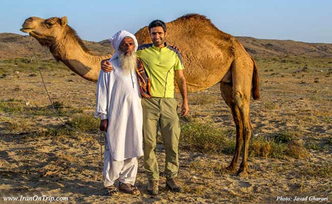 Javad-Gharaei-young-tourist-travels-Iran-to-explore