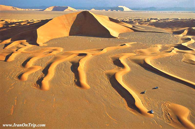 Iran's-Lout-Desert-Earth's-Hottest-Spot-2