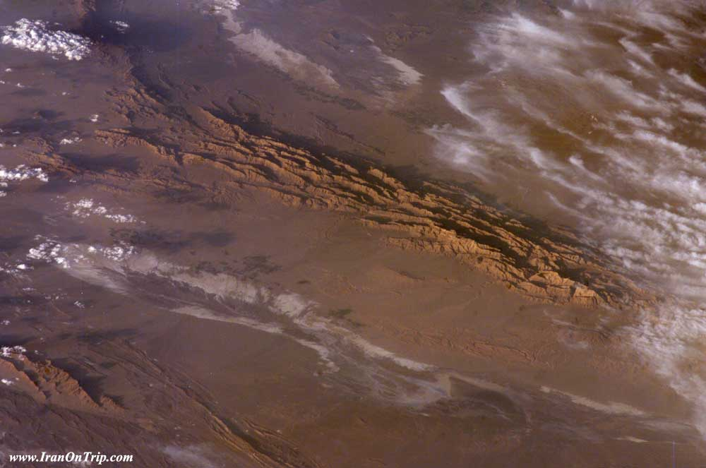 Iran's Lout Desert Earth's Hottest Spot