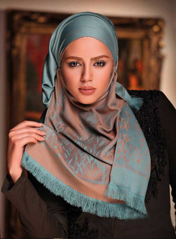 Scarf & Hair Covering in Iran
