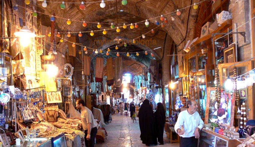 The Bazaar of Isfahan - Qeysarieh bazaar