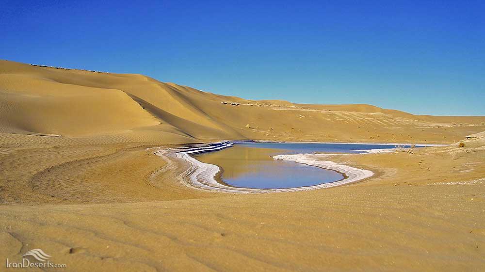 تنگه رودخانه نمک در روستای مصر